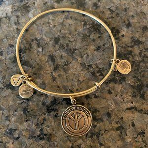 ALEX AND ANI TURN PEACE UP bracelet Gold-Plated